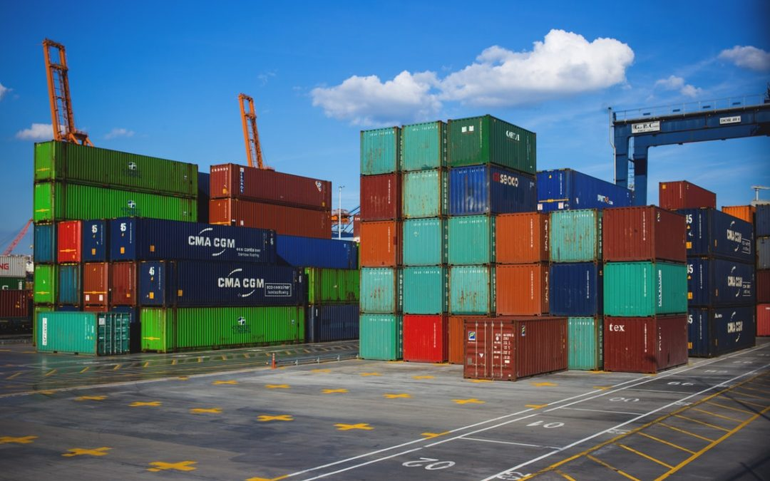 Considerations To Think About Before Buying Shipping Containers