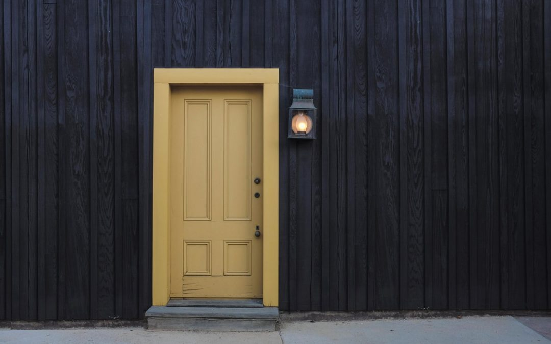How to Purchase a New Door – Enhance Your Home's Value and Overall Look